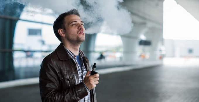 Kann man Zigaretten im Handgepäck mitnehmen