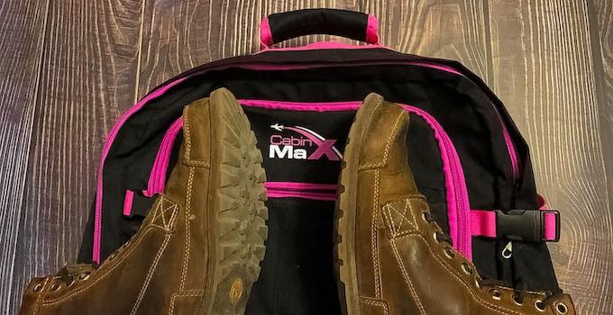 Schuhe im Handgepäck